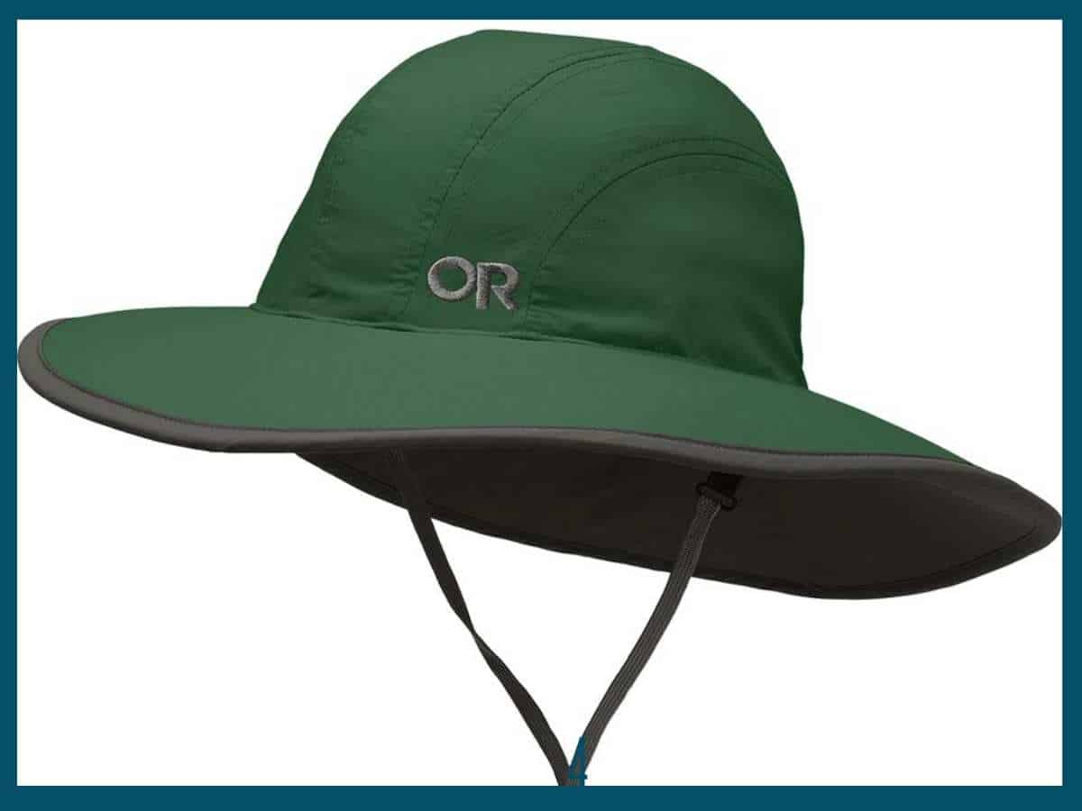 An Outdoor Research Kid's Rambler Hat in green